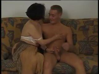 Ρουμάνικη λεσβιακό πορνό